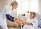 Оказание должного ухода в частном пансионате для пожилых